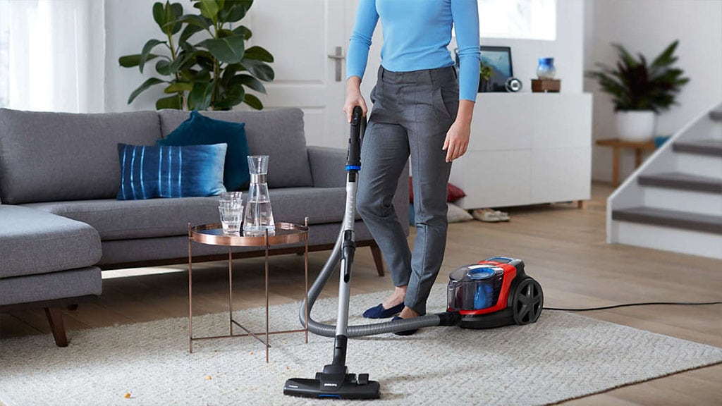 philips-power-pro-compact-bagless-vacuum-cleaner-fc9330-09-triactive nozzle