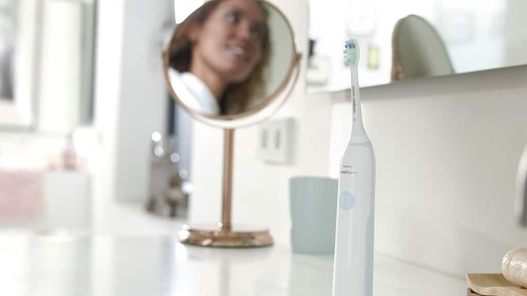 Philips Sonicare DailyClean 2100 Sonic Electric Toothbrush HX3212-03 c